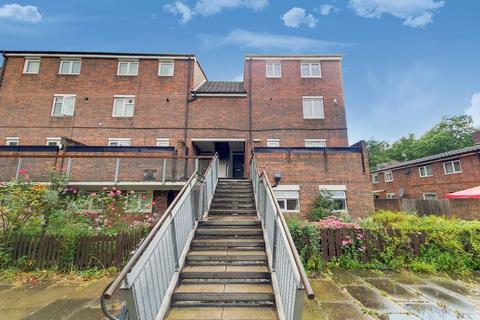 3 bedroom flat to rent - Selden Walk, London N7