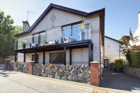 5 bedroom detached house for sale - Coverdale, Cambria Road, Menai Bridge