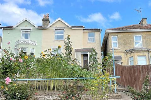 3 bedroom semi-detached house for sale - Chilton Road, Bath