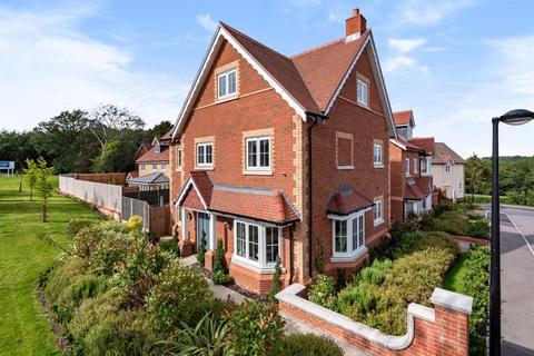 5 bedroom detached house for sale - Frank Rosier Way, Tunbridge Wells