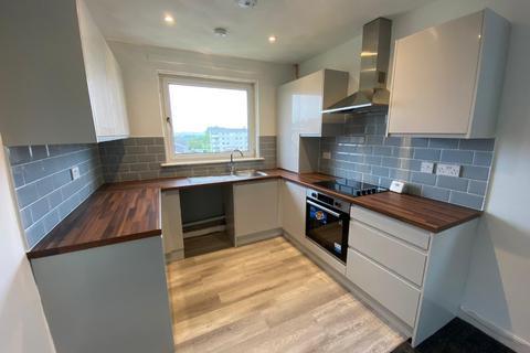 3 bedroom flat to rent - Westwood Hill, East Kilbride, South Lanarkshire, G75
