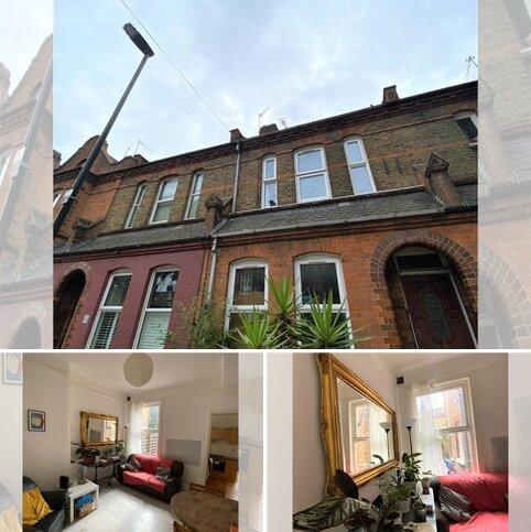 4 bedroom terraced house to rent - Lymington Avenue , London  N22