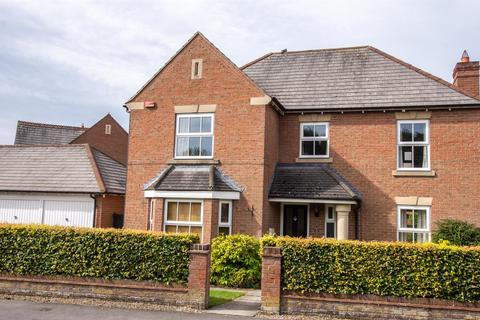 4 bedroom detached house to rent - Earswick Chase, Earswick, York, YO32 9FZ