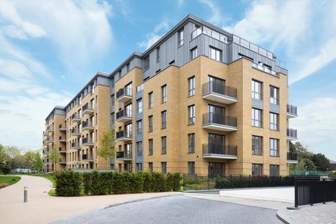 3 bedroom flat to rent - Camera House, Teddington Riverside, Teddington, TW11