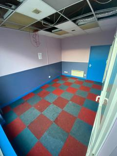 Property to rent - Vaughan Way, Leicester