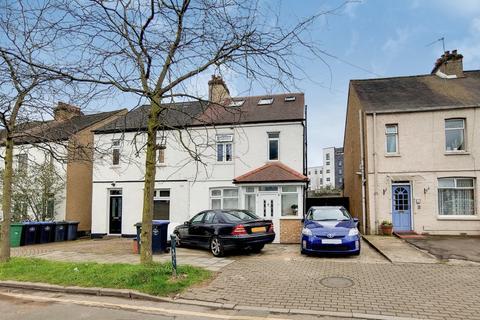 5 bedroom semi-detached house for sale - Sudbury Crescent, Sudbury / Wembley Borders, Middlesex HA0