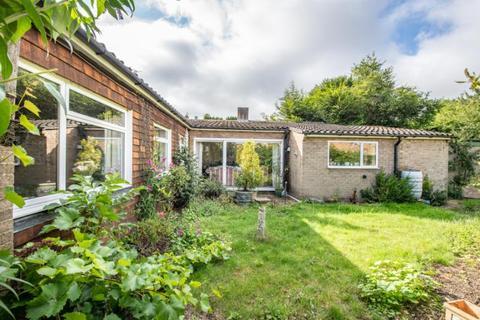 2 bedroom detached bungalow for sale - Foxton Close, Oxford, Oxfordshire