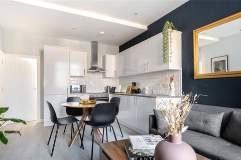 2 bedroom flat for sale - Malden Road, London