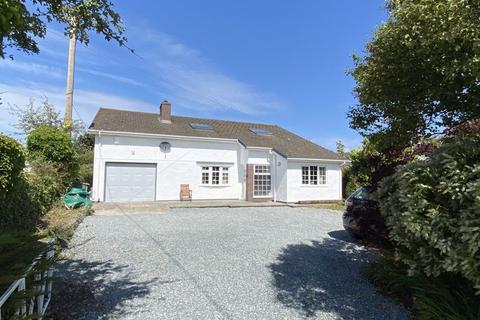 4 bedroom detached bungalow for sale - Shee-Ling, Gorad Road, Valley