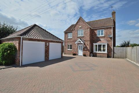4 bedroom detached house for sale - Willow Cottage, Green Lane, Woodhall Spa