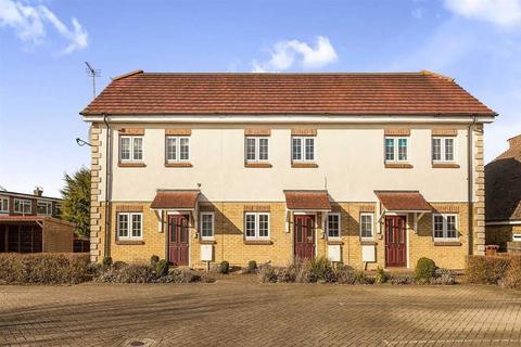 1 bedroom flat for sale - Walnut Court, Charlton Road, Shepperton