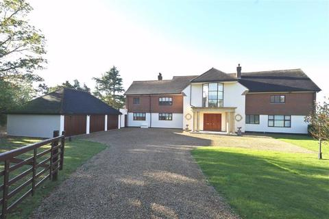 6 bedroom detached house for sale - The Ridgeway, Cuffley, Hertfordshire