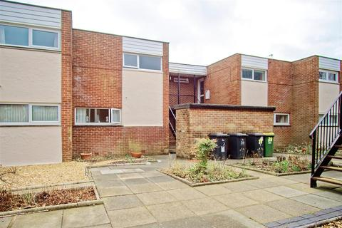 2 bedroom flat for sale - 2-Bed Flat for Sale on Tinniswood, Preston