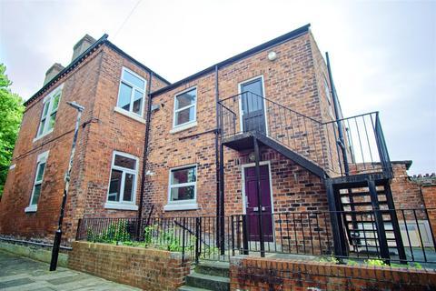 3 bedroom flat for sale - 3-Bed Apartment For Sale on Brackenbury Road, Preston