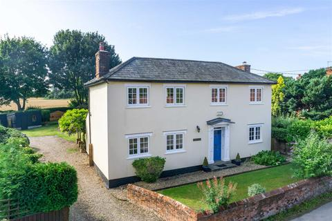 4 bedroom detached house for sale - Chapel House, Woodlands Road, Raydon