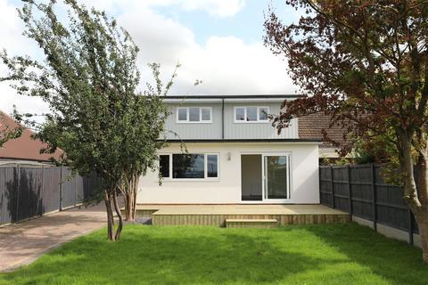 4 bedroom bungalow for sale - Lambert Avenue, Shurdington, Cheltenham, Gloucestershire, GL51