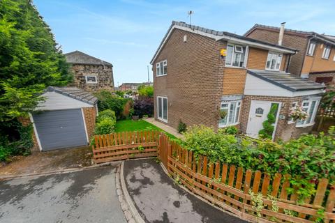 3 bedroom detached house for sale - Risedale Avenue, Birstall, Batley
