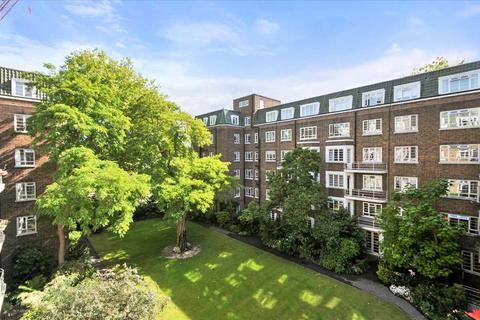 3 bedroom apartment to rent - Marlborough Court, Pembroke Road, Kensington W8