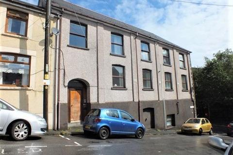2 bedroom flat for sale - Flat, Brynteg House, Oxford Street, Abertillery, NP13 1QQ