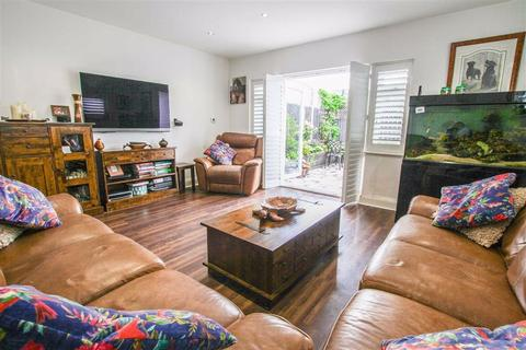 3 bedroom maisonette for sale - London Road, Hadleigh, Benfleet