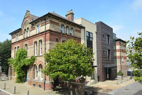 2 bedroom apartment for sale - Eldridge Pope Building, 19 Weymouth Avenue, Brewery Square, Dorchester DT1