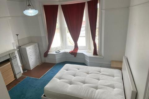 1 bedroom in a house share to rent - Woodville Road, Barnet EN5