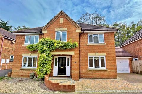 4 bedroom detached house for sale - Valley Gardens, Findon Valley, Worthing, West Sussex, BN14