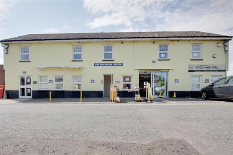 Office to rent - St. Martins Lane, Littlehampton