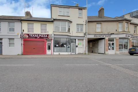 Shop to rent - North Street, Worthing