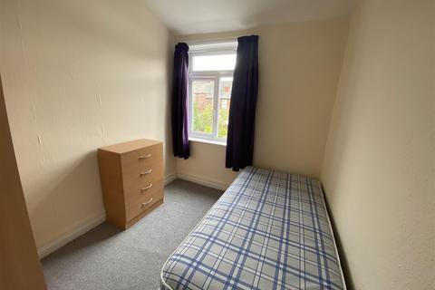 4 bedroom house share for sale - 25 Lambton Street Kingston Upon Hull