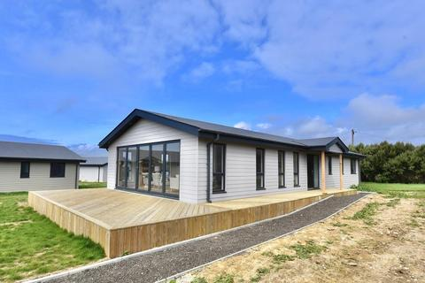 3 bedroom detached house for sale - Sandy Lanes, Military Road, Atherfield, Ventnor