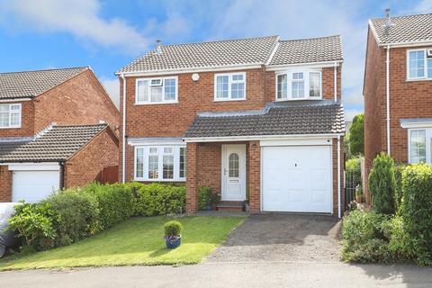4 bedroom detached house for sale - Bowland Drive, Walton, S42