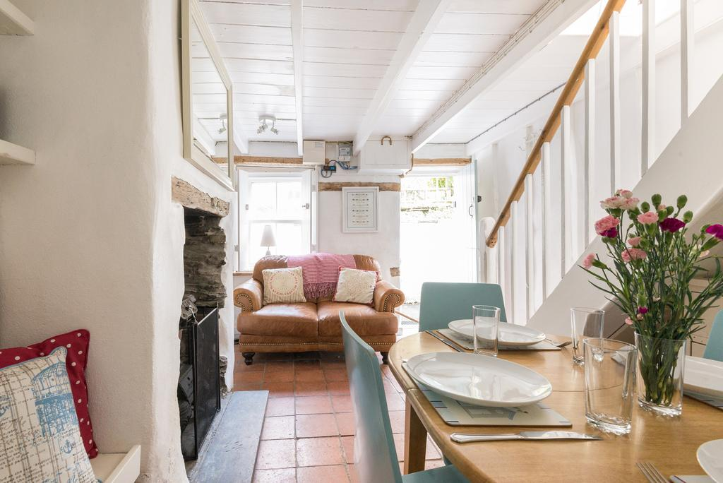 2 Bedrooms House for sale in Kildare, 16 Fore Street, Port Isaac