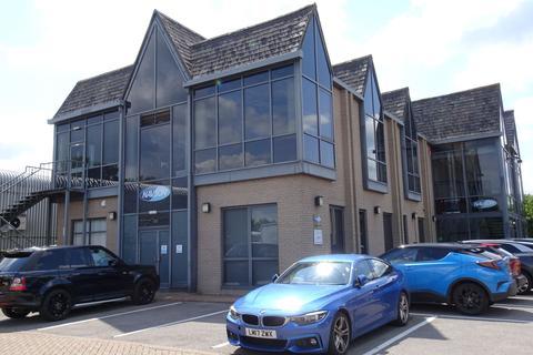 Office to rent - Crabtree Village, Egham, TW20
