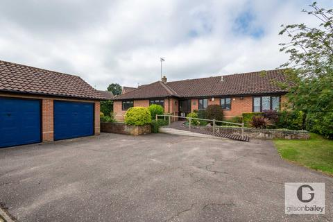 3 bedroom detached bungalow for sale - Rosefields, Brundall