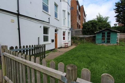 2 bedroom flat to rent - King Edward Road, Barnet, EN5