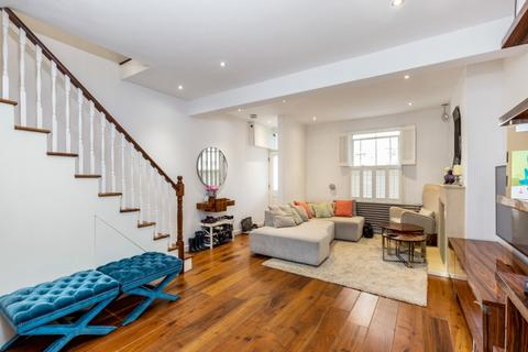 4 bedroom house to rent - Ashbury Road London SW11