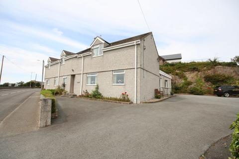 6 bedroom detached house for sale - Gwalchmai, Anglesey