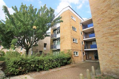 1 bedroom flat for sale - Haslips Close, Norwich