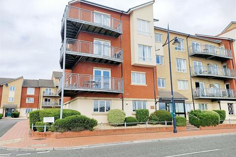 3 bedroom apartment for sale - Y Rhodfa, Barry