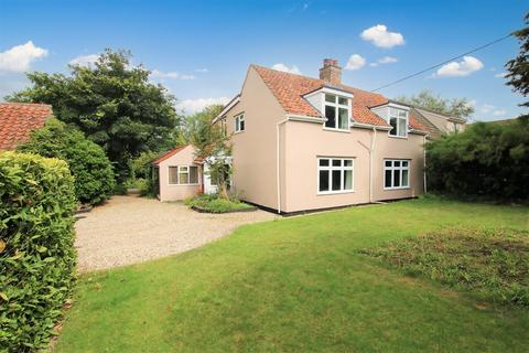 5 bedroom detached house for sale - The Street, Costessey, Norwich