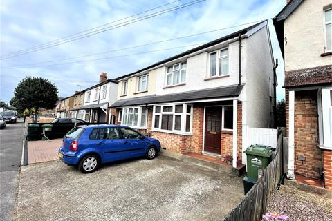 3 bedroom semi-detached house to rent - Warwick Road, Ashford, Middlesex, TW15