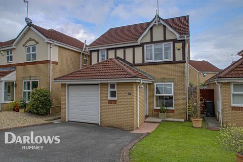3 bedroom detached house for sale - Hastings Crescent, Cardiff
