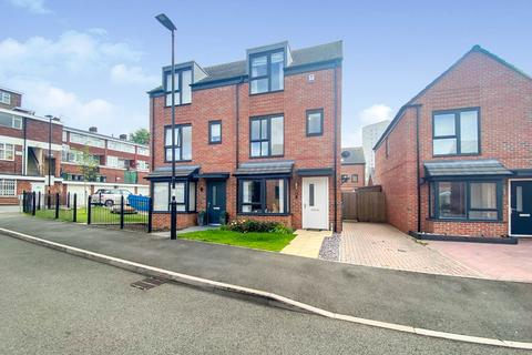 3 bedroom semi-detached house for sale - Towpath Drive,Brownhills,Walsall,WS8 6FG