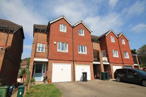 3 bedroom townhouse for sale - Village Close, Portslade
