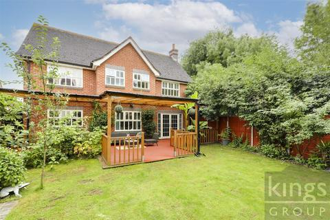 5 bedroom detached house for sale - George Lovell Drive, Enfield