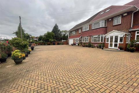 10 bedroom detached house for sale - Craneswater Park & Green Walk, Southall, Middlesex