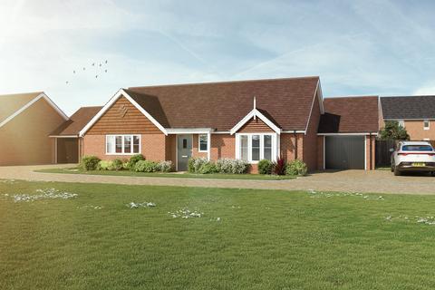 2 bedroom bungalow for sale - Plot 44, The Louden at Woodcroft Park, Oak Road, Billingshurst RH14