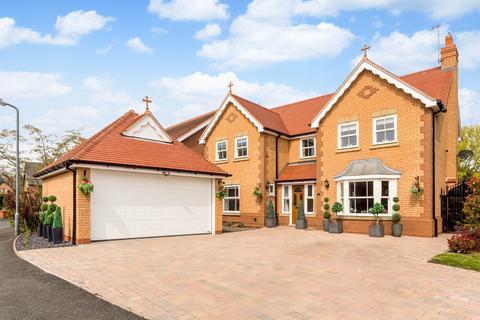 5 bedroom detached house for sale - Prince Henrys Close, Evesham WR11