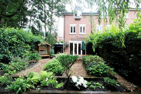 3 bedroom townhouse for sale - Temple Road, Bolton, BL1